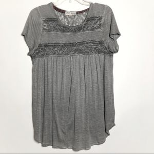 Knox Rose grey shirt with lace accents size M
